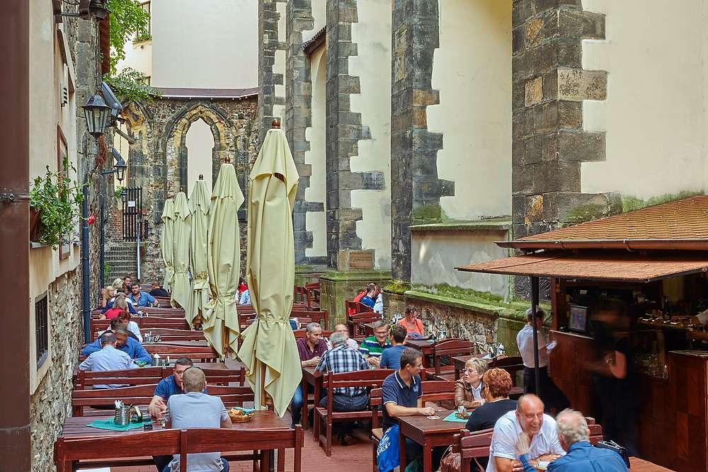 Letní zahrádka 4 Restaurace U Pinkasů